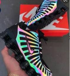 Tênis Nike Shox 12 Molas Camaleão
