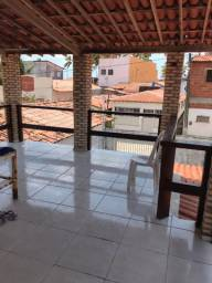 Sobrado com 4 quartos sendo 3 suítes -Praia de Maracajaú