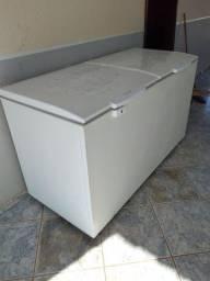 Freezer Electrolux 477 litros dupla função resfria é congela ou resfria