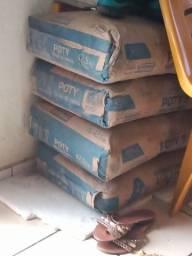 Vemdo 4 sacos de cimento 180 se quiser *