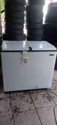 Vendo freezer Esmaltec totalmente novo bem conservado e na garantia