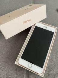 iPhone 8 Plus rose com caixa
