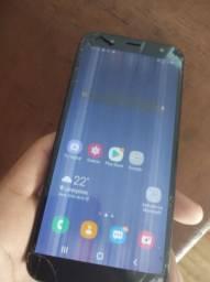 Samsung J6 com tela quebrada e listras