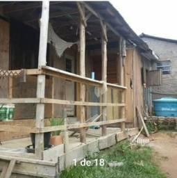 Casa, 2 quartos, lavanderia, sala tv, sala de jantar, 1 banheiro, cozinha.
