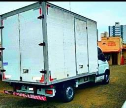 Fretes/ Mudancas e transportes para todas regiões do País.