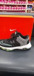 Tênis Nike Air  versatille  38 ao 43