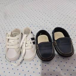 Sapatinhos de bebê masculino