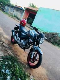 Troco moto em carro - 2018