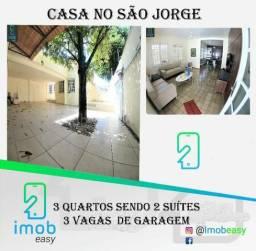 Vendo Casa no São Jorge, 3 quartos sendo 2 suítes, 3 vagas de garagem