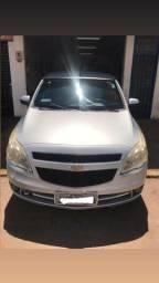 Vendo veículo em ótimo estado - 2011