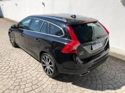Volvo V60 T5 Momentum 2.0