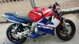 Moto Para Retirada De Peças/sucata Honda Cbr 600 F Ano 2001