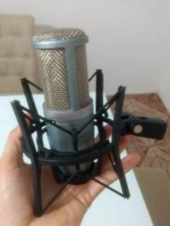 Microfone AKG Percepticom 220 Usado
