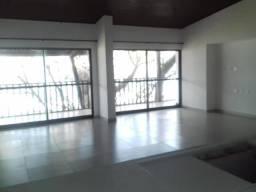 Apartamento para venda possui 146 metros quadrados com 4 quartos em Porto de Galinhas - Ip
