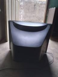 Vende-se uma tv de tubo 21 polegada em bom estado e uam antena parabolica