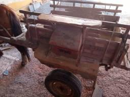 Vendo carroça com arreio 1000$