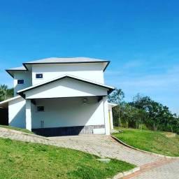 Condomínio Fazenda Nogueira. Financiamento próprio.
