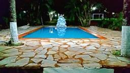 Chácara em Goiânia com alojamentos e piscina 'Atrás do hugol'