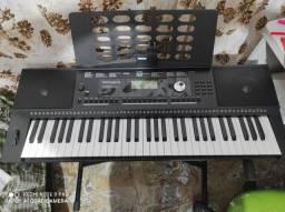 Teclado Arranjador Roland E-X20A