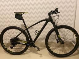 Bicicleta Caloi Elite Carbon - 12V
