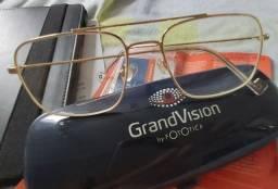 Armação de óculos para Grau.