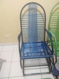 Vendo 3 cadeiras de balanço de fio
