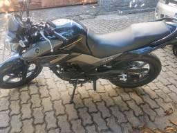 Grande oportunidade Yamaha Fazer 250