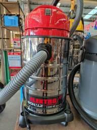 Aspirador pó e água 1400w 20 litros Schulz 6 x sem juros