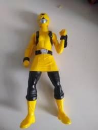 Boneco Power Rangers Ranger Amarelo Hasbro