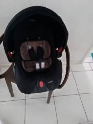 Bebê conforto Voyage ,berço americano e colchão