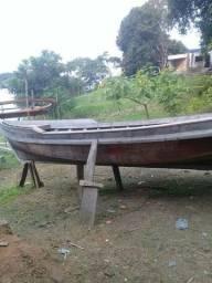 Vendo esse barco novo com 8metros 2de boca e 80centímetros de pontal fone *