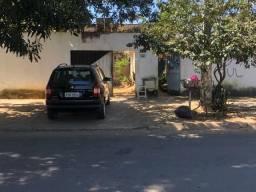 CASA DE FRENE A PRAÇA UXI.. NO PARQ.AMAZÔNIA