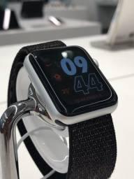 Apple Watch Série 3 42mm GPS + Celular