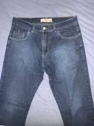 vende-se três calças originais