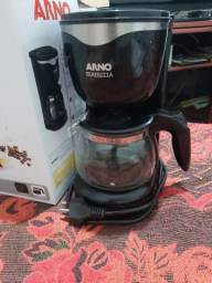 Cafeteira compacta arno