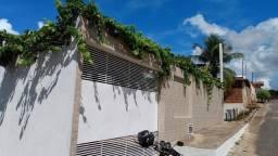 Vendo uma casa em Correntina Bahia  VALOR..a combinar  aceita carro e esqiturada