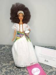 Título do anúncio: Boneca Barbie Collector Brasil Baiana