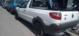Fiat Strada 2018 completa