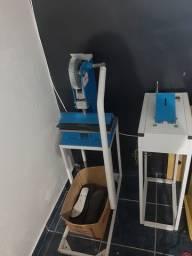 Máquina de fabricar chinelos