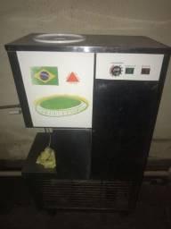 Máquina produtora de sorvete e açaí
