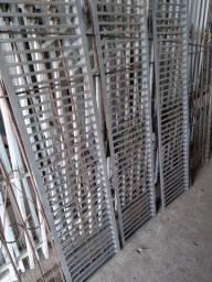 Grelhas em ferro maciço 5/8- 8.70 x 0.40 mts.