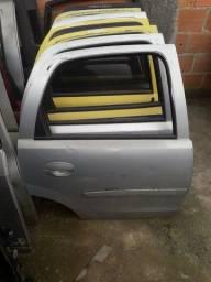 Porta traseira direita Corsão Corsa Maxx