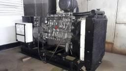 Grupo Gerador 180 KVA usado . WEG com motor a diesel MWM 6.10TCA
