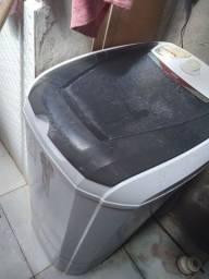 Tanquinho  de lavar roupa
