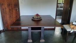 Vendo mesa de jantar quadrada madeira sem cadeiras