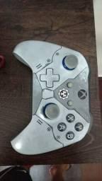 Xbox one X guears edition semi novo