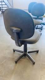 Cadeira Giratória conservada