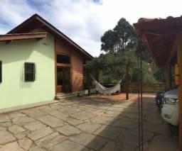 Casa Duplex com 4 suítes em condomínio em Vitor Hugo