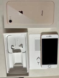 iPhone 8 64GB R$2000