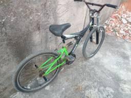 Celular e bike